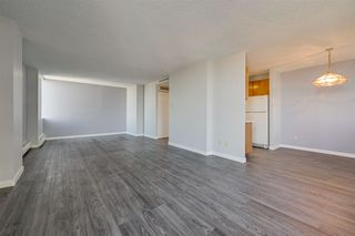 Photo 7: 1005 10160 115 Street in Edmonton: Zone 12 Condo for sale : MLS®# E4218853