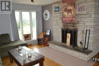 Photo 6: 21775-21779 CONCESSION 7 ROAD in North Lancaster: House for sale : MLS®# 1213069