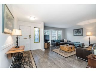 """Photo 5: 15929 102A Avenue in Surrey: Guildford House for sale in """"Somerset"""" (North Surrey)  : MLS®# R2522062"""