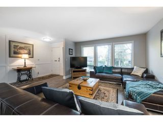 """Photo 10: 15929 102A Avenue in Surrey: Guildford House for sale in """"Somerset"""" (North Surrey)  : MLS®# R2522062"""