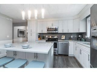 """Photo 17: 15929 102A Avenue in Surrey: Guildford House for sale in """"Somerset"""" (North Surrey)  : MLS®# R2522062"""