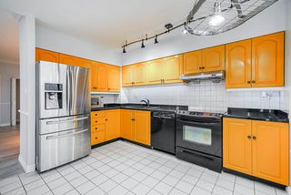 """Photo 17: 2206 5885 OLIVE Avenue in Burnaby: Metrotown Condo for sale in """"THE METROPOLITAN"""" (Burnaby South)  : MLS®# R2523629"""
