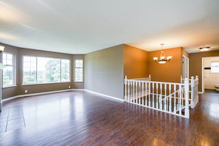 Photo 7: 245 CHESTER COURT in Coquitlam: Central Coquitlam House for sale : MLS®# R2381836