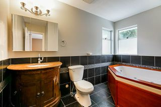 Photo 11: 245 CHESTER COURT in Coquitlam: Central Coquitlam House for sale : MLS®# R2381836