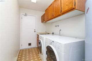 Photo 16: 4490 Copsewood Place in VICTORIA: SE Broadmead Single Family Detached for sale (Saanich East)  : MLS®# 417294