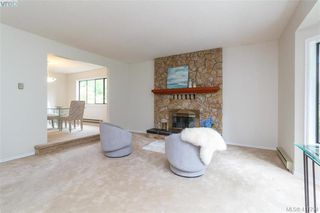 Photo 7: 4490 Copsewood Place in VICTORIA: SE Broadmead Single Family Detached for sale (Saanich East)  : MLS®# 417294