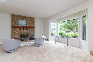 Photo 5: 4490 Copsewood Place in VICTORIA: SE Broadmead Single Family Detached for sale (Saanich East)  : MLS®# 417294