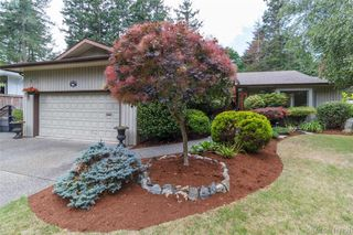 Photo 2: 4490 Copsewood Place in VICTORIA: SE Broadmead Single Family Detached for sale (Saanich East)  : MLS®# 417294