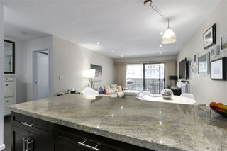 """Photo 14: 201 2215 DUNDAS Street in Vancouver: Hastings Condo for sale in """"HARBOUR REACH"""" (Vancouver East)  : MLS®# R2428776"""