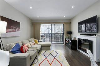 """Photo 3: 201 2215 DUNDAS Street in Vancouver: Hastings Condo for sale in """"HARBOUR REACH"""" (Vancouver East)  : MLS®# R2428776"""