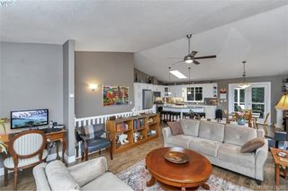 Photo 16: 3589 Sun Vista in VICTORIA: La Walfred Single Family Detached for sale (Langford)  : MLS®# 421092