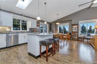 Photo 15: 3589 Sun Vista in VICTORIA: La Walfred Single Family Detached for sale (Langford)  : MLS®# 421092