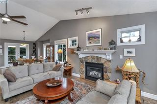 Photo 2: 3589 Sun Vista in VICTORIA: La Walfred House for sale (Langford)  : MLS®# 833435