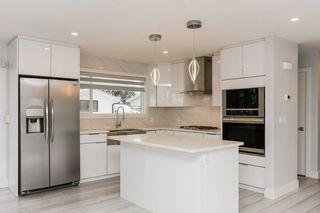 Photo 12: 10535 55 Avenue in Edmonton: Zone 15 House for sale : MLS®# E4194998