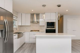 Photo 15: 10535 55 Avenue in Edmonton: Zone 15 House for sale : MLS®# E4194998