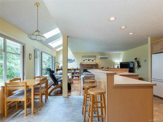 Photo 9: 9544 Glenelg Ave in North Saanich: NS Ardmore Single Family Detached for sale : MLS®# 841259