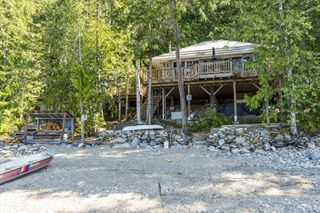 Photo 2:  in Sicamous: Shuswap Lake House for sale : MLS®# 10212975
