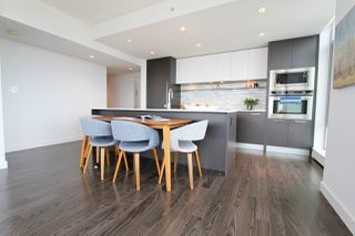 Photo 5: 3303 8131 NUNAVUT Lane in Vancouver: Marpole Condo for sale (Vancouver West)  : MLS®# R2506624