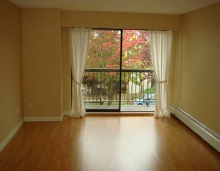 """Photo 8: 588 E 5TH Ave in Vancouver: Mount Pleasant VE Condo for sale in """"MCGREGOR HOUSE"""" (Vancouver East)  : MLS®# V616777"""