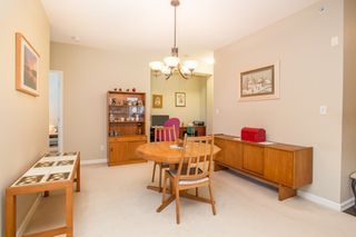 "Photo 12: 502 1581 FOSTER Street: White Rock Condo for sale in ""Sussex House"" (South Surrey White Rock)  : MLS®# R2390075"