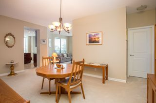 "Photo 13: 502 1581 FOSTER Street: White Rock Condo for sale in ""Sussex House"" (South Surrey White Rock)  : MLS®# R2390075"