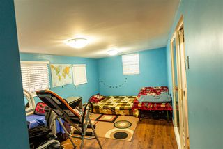 Photo 8: 2682 INTERPROVINCIAL Highway in Abbotsford: Sumas Prairie House for sale : MLS®# R2403571