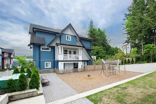 Photo 1: 20 14450 68 Avenue in Surrey: East Newton Townhouse for sale : MLS®# R2404763