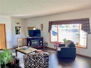 Photo 9: 105 Veterans Drive in Dauphin: R30 Residential for sale (R30 - Dauphin and Area)  : MLS®# 1928549