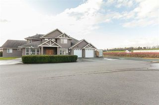 Photo 1: 405 Defehr Road in Abbotsford: House  : MLS®# R2420159