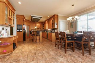 Photo 3: 405 Defehr Road in Abbotsford: House  : MLS®# R2420159