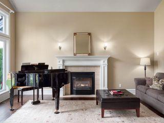 "Photo 3: 3701 DEVONSHIRE Drive in Surrey: Morgan Creek House for sale in ""MORGAN CREEK"" (South Surrey White Rock)  : MLS®# R2426029"