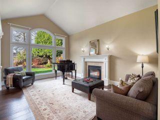 "Photo 2: 3701 DEVONSHIRE Drive in Surrey: Morgan Creek House for sale in ""MORGAN CREEK"" (South Surrey White Rock)  : MLS®# R2426029"
