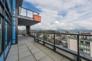 "Photo 10: 1801 188 AGNES Street in New Westminster: Downtown NW Condo for sale in ""AGNES & ELLIOT"" : MLS®# R2427736"