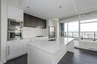"Photo 1: 1801 188 AGNES Street in New Westminster: Downtown NW Condo for sale in ""AGNES & ELLIOT"" : MLS®# R2427736"