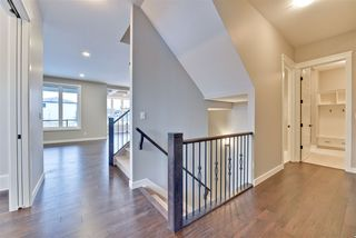 Photo 2: 4911 Woolsey Court in Edmonton: Zone 56 House for sale : MLS®# E4183970