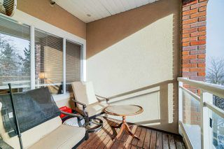 "Photo 11: 404 5262 OAKMOUNT Crescent in Burnaby: Oaklands Condo for sale in ""St Andrews"" (Burnaby South)  : MLS®# R2428720"