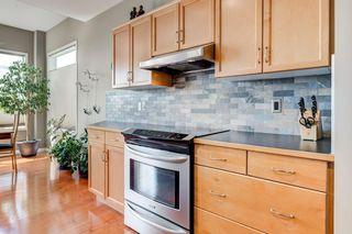 Photo 6: 234 SPRINGBOROUGH Way SW in Calgary: Springbank Hill Detached for sale : MLS®# C4300509