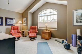 Photo 15: 234 SPRINGBOROUGH Way SW in Calgary: Springbank Hill Detached for sale : MLS®# C4300509