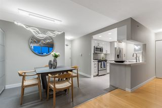 Photo 4: 2101 1408 STRATHMORE MEWS in Vancouver: Yaletown Condo for sale (Vancouver West)  : MLS®# R2489740