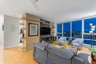 Photo 1: 2101 1408 STRATHMORE MEWS in Vancouver: Yaletown Condo for sale (Vancouver West)  : MLS®# R2489740