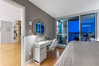 Photo 15: 2101 1408 STRATHMORE MEWS in Vancouver: Yaletown Condo for sale (Vancouver West)  : MLS®# R2489740