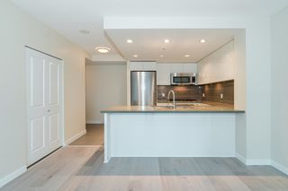 Photo 7: 1001 4880 BENNETT Street in Burnaby: Metrotown Condo for sale (Burnaby South)  : MLS®# R2501581