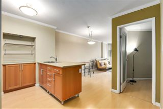 """Photo 2: 707 950 DRAKE Street in Vancouver: Downtown VW Condo for sale in """"ANCHOR POINT 2"""" (Vancouver West)  : MLS®# R2512201"""