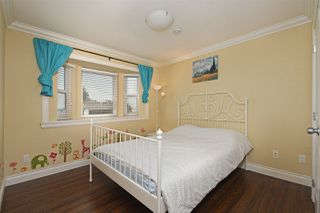 Photo 9: 1391 E 61ST Avenue in Vancouver: South Vancouver House for sale (Vancouver East)  : MLS®# R2391341