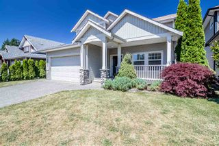 Photo 1: 26877 25A Avenue in Langley: Aldergrove Langley House for sale : MLS®# R2391582