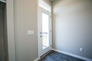 Photo 5: 2563 COUGHLAN Road in Edmonton: Zone 55 House for sale : MLS®# E4168285