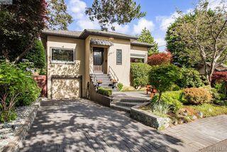 Main Photo: 2130 Hall Road in VICTORIA: OB South Oak Bay Single Family Detached for sale (Oak Bay)  : MLS®# 414438