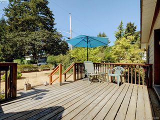 Photo 5: 45 848 Hockley Ave in VICTORIA: La Langford Proper Manufactured Home for sale (Langford)  : MLS®# 823959