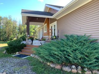 Photo 2: 6125 Twp Rd 540A: Rural Lac Ste. Anne County House for sale : MLS®# E4174238