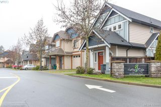Photo 2: 3 2216 Sooke Road in VICTORIA: Co Hatley Park Row/Townhouse for sale (Colwood)  : MLS®# 420880